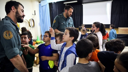 Charlas educativas de la Guardia Civil para proteger la naturaleza